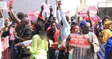 """Ousmane Sonko : """"Ce n'est pas sur le point du droit qu'on fera plier Macky Sall"""""""